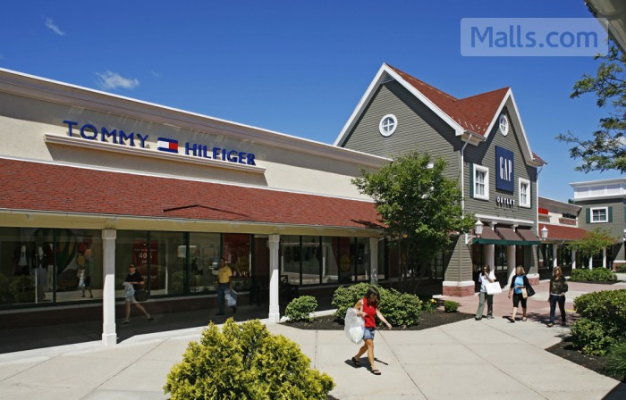 Clinton Crossing Premium Outlets photo №4