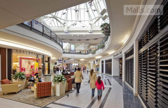 Solomon Pond Mall photo №1