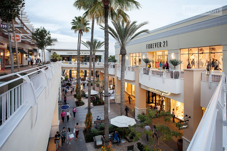 ugg store fashion valley