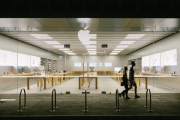 Apple Closes All Stores in the U.K.