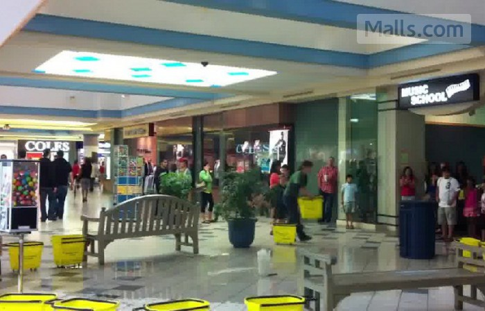 Londonderry Mall photo №2