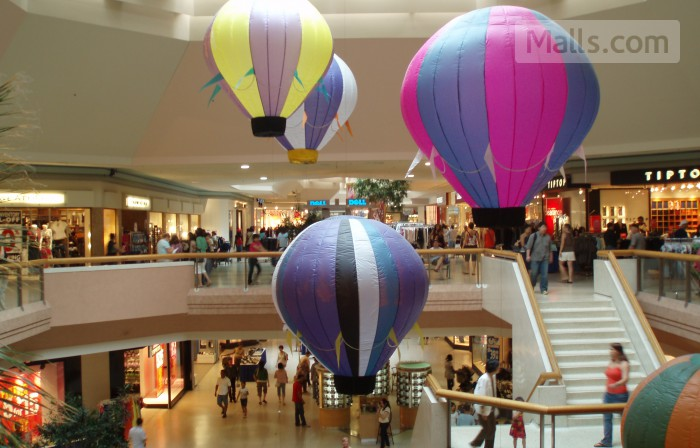 Scarborough Town Centre photo №2