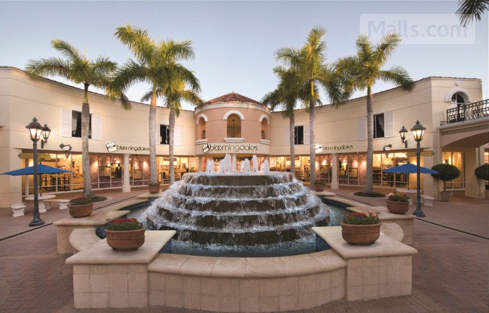 Naples Outlet Center photo